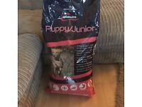 Puppy/ junior dog food