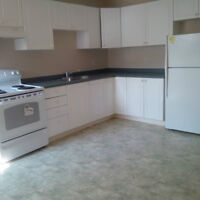 SOUTH END BARRIE - LARGE 2 BEDROOM UNIT - AVAILABLE IMMEDIATELY
