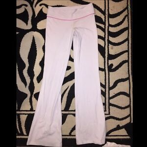 White TNA pants Size small (Rare) Great condition