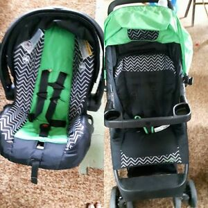 car seat/ stroller combo like new
