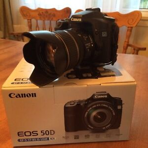 Canon 50D with 17-85mm IS lens