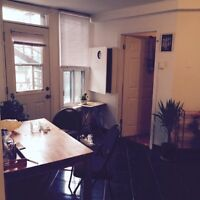 4.5 Mile End Lease takeover/sublet