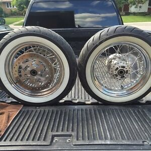 Harley Davidson 2012 road king classic rims and tires