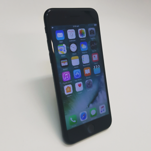 IPHONE 7 256GB JET BLACK COLOUR IN GOOD CONDITION