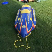 Inflatable water ski