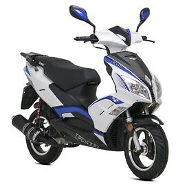 Lexmoto FMR 125cc Euro 3 Learner Legal Scooter - 1 Year Parts Warranty - Finance Available