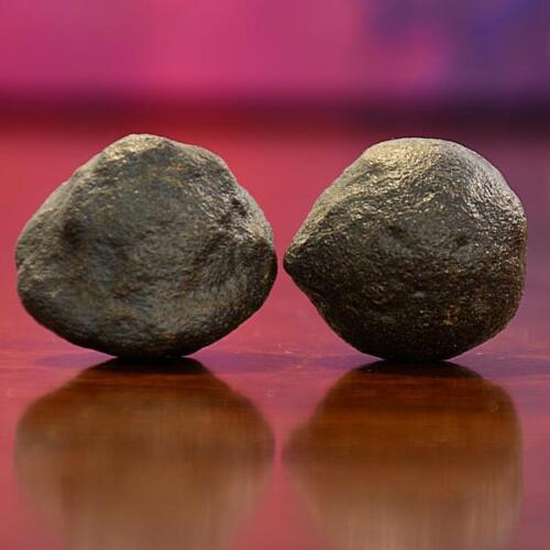 Beautiful Pair of Small Moqui Marbles (Shaman Stones) from Utah 54 grams