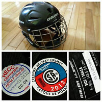Kids XS Bauer Helmet with Cage Excellent Condition