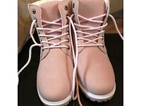Dusty Pink Timberland Style Boots. Size 6. Brand New in Packaging.