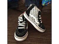 Boys Toddler vans size 7