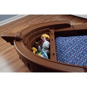 Little Tikes Pirate Ship Bed and Mattress Cambridge Kitchener Area image 3