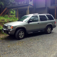 2000 Nissan Pathfinder, great condition