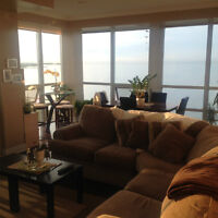 Room in a Beautiful 2 bed/2 bath Condo for Rent