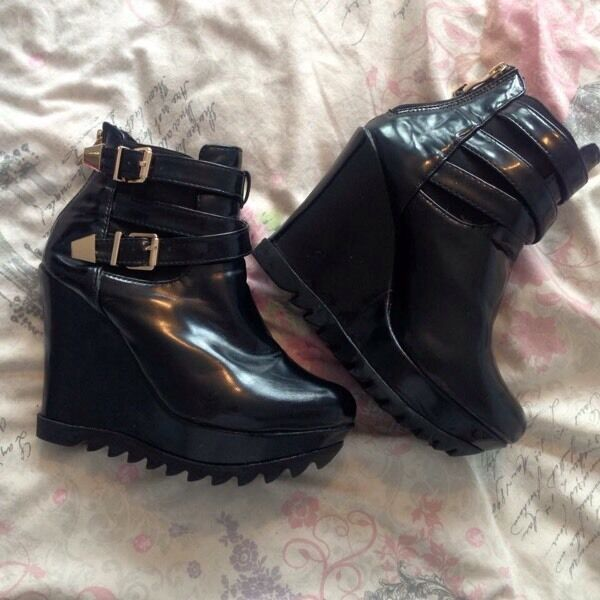 black fetish punk platform wedges, very comfy! size 5 like new zip up the back,