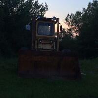 1963 case loader with bucket
