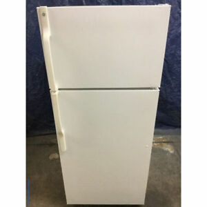 GE Refrigerator (White) in good condition