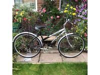 Reflex Ladies Hybrid Bike