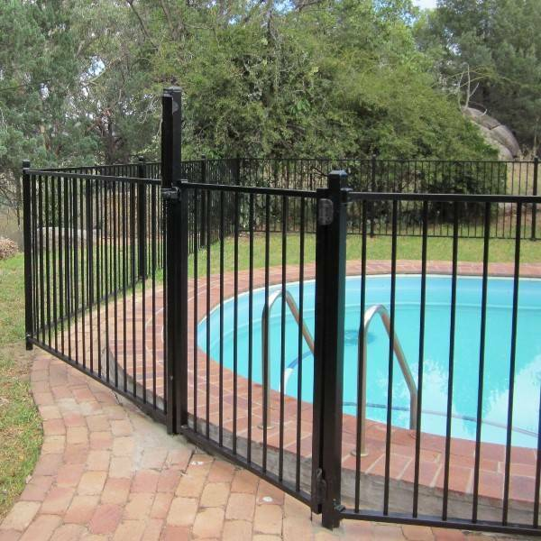 Flat top aluminium pool fencing form 15 reduced for Pool builders yatala