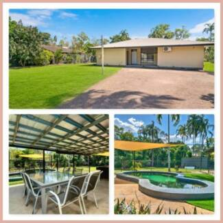 House with a BIG yard !!! with a POOL !! ~ in Driver