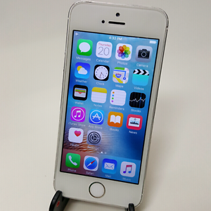 IPHONE 5S 64GB AMAZING CONDITION AND PRICE! Southport Gold Coast City Preview
