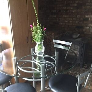 Bar height table w/ 4 chairs