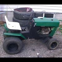 Looking for old working or not lawn tractors