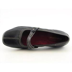 Naturalizer Leather Flat Shoes