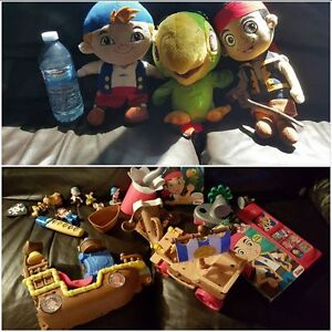 JAKE AND THE NEVERLAND PIRATES TOY LOT