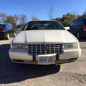 1997 CADILAC STS EXCELLENT CONDITION