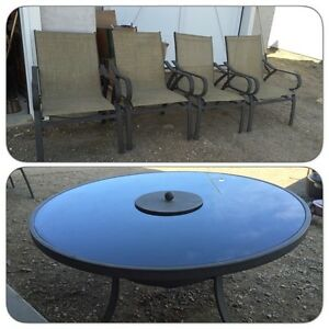 Propane fire pit table top with 4 matching chairs