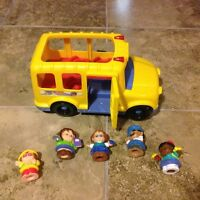 Joli autobus musical Fisher Price Little people