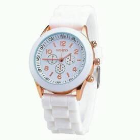 New Ladies Quartz Watch White