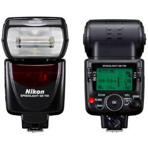 Nikon SB-700 Speedlight Flash for nikon digital camera