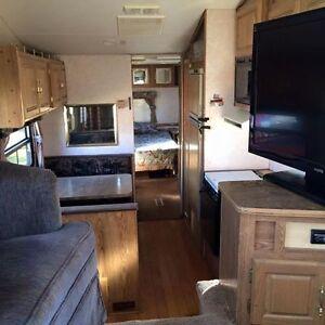1994 Savana fithwheel camper trailer 29.5 ft Strathcona County Edmonton Area image 7