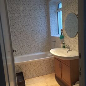 Large Double Room - Close to Bournemouth Beach