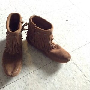 Brand new brown moccasins, size 5.5 Cambridge Kitchener Area image 4