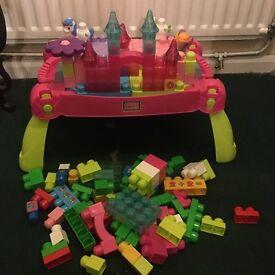 Princess edition mega bloks table and bricks