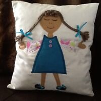 coussin petite fille