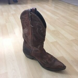Women's western riding boots