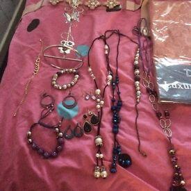 Car boot items jewellery,nets runner etc