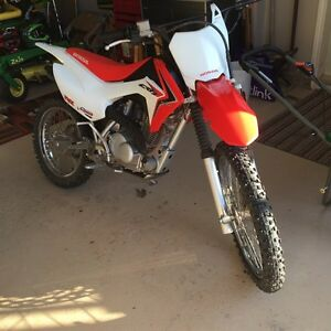 2015 Honda crf 125 (PRICE DROPPED)
