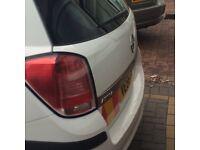 Vauxhall Astra van white