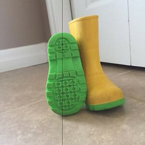 Rain boots - toddler size 5