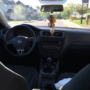 Selling my 2013 volkswagon jetta West Island Greater Montréal image 6