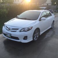 2011 Toyota Corolla XRS FULLY LOADED only $12000
