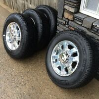 4 Michelin LTX AT2 tires with Aluminum Wheels