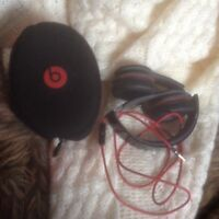 Beats by dre solo headphones and case