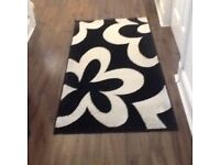 Black and White lurex rug