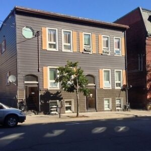 ** 128 Charlotte St #2- 1Br Uptown Utilities Included™**