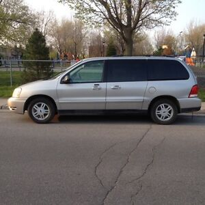 Ford Freestar SE Family Van